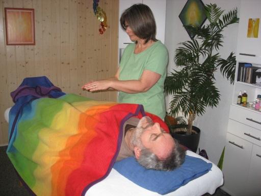 sinnsein - Chakra- und Wirbelsäulenbehandlung